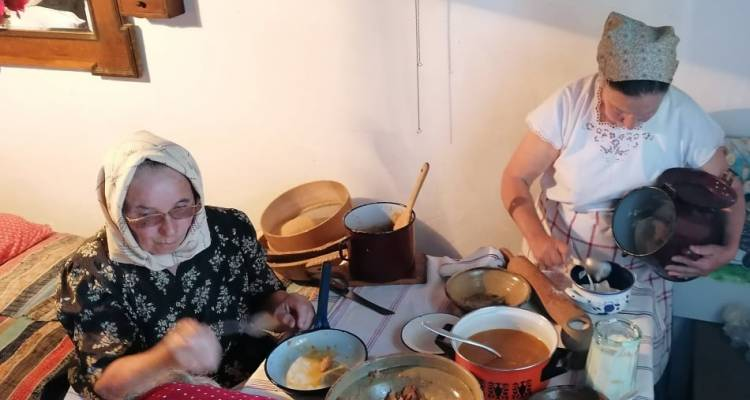 [ZABORAVLJENI RECEPTI S PODRUČJA DRAVSKI PESKI] Tradicionalnu hranu pripremale članice Udruge umirovljenika iz Podravskih Sesveta
