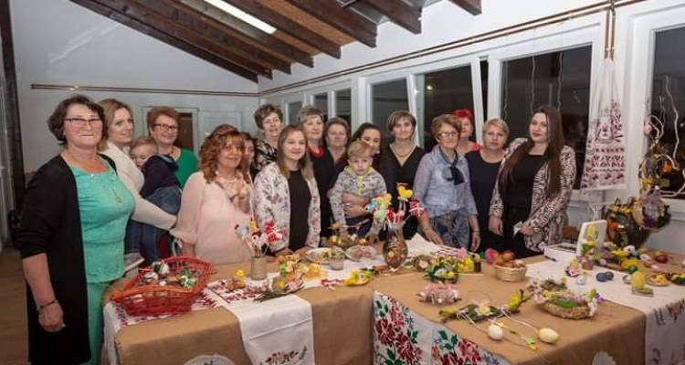 """Članice Foruma žena Kloštar Podravski organizirale tradicionalnu izložbu """"Uskrs u Kloštru Podravskom"""""""